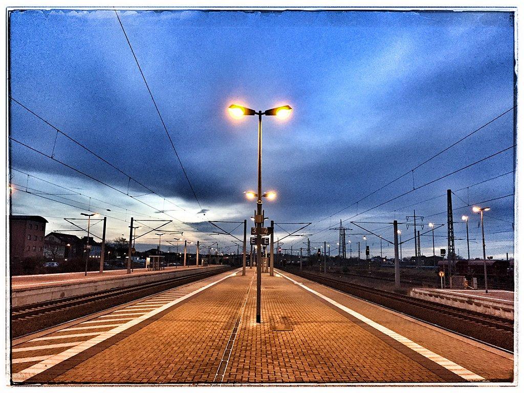 Bahnhof-Bitterfeld-2.jpg